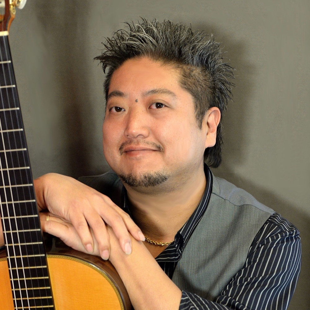 アコースティックギター講師 愛川 聡先生