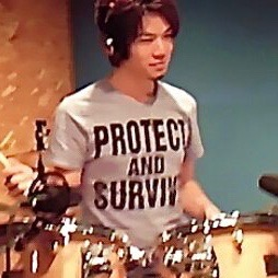 ドラム講師 若林良輔先生