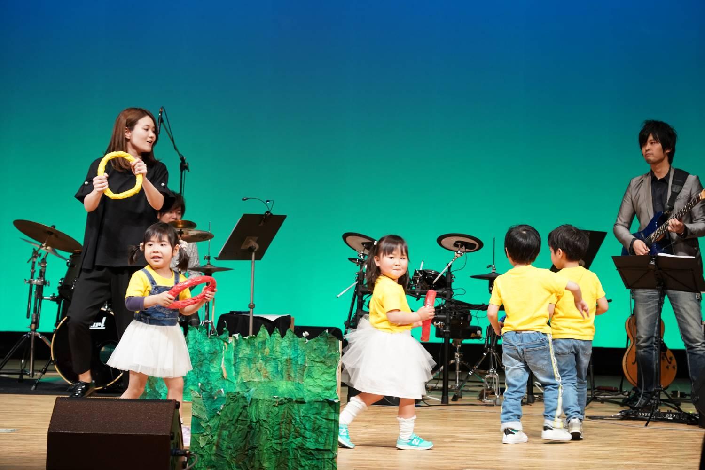 発表会リトミック3歳児クラスの入場