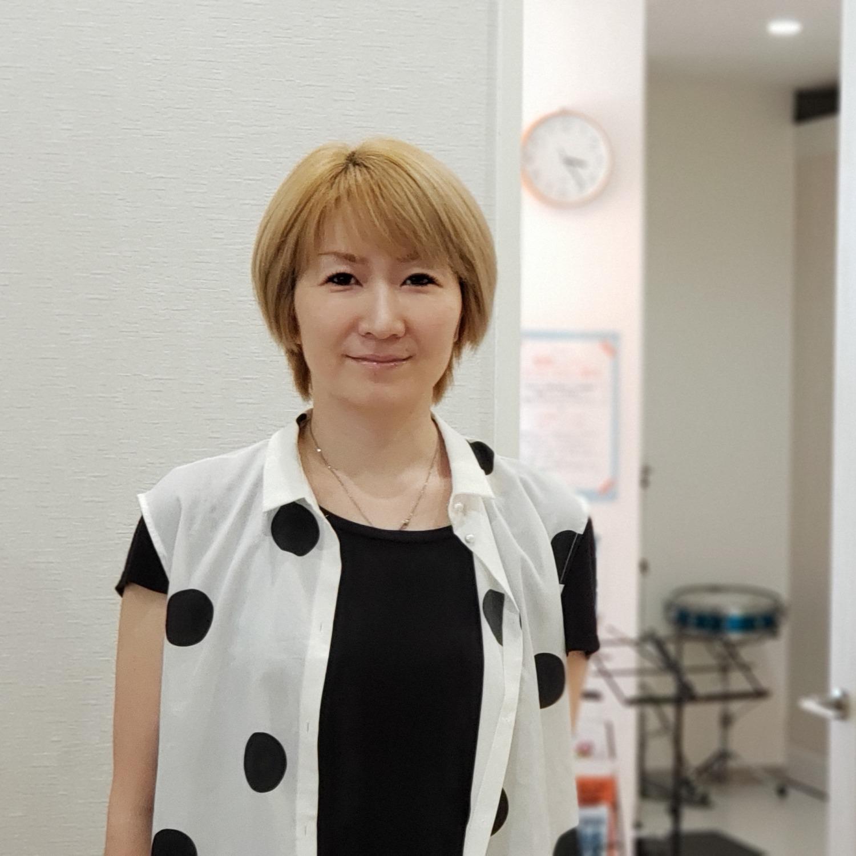 ボーカル講師 YUCA先生