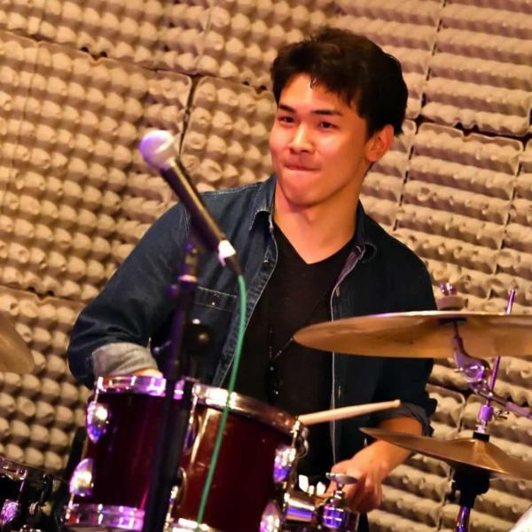 ドラム 川嶋 秀征先生