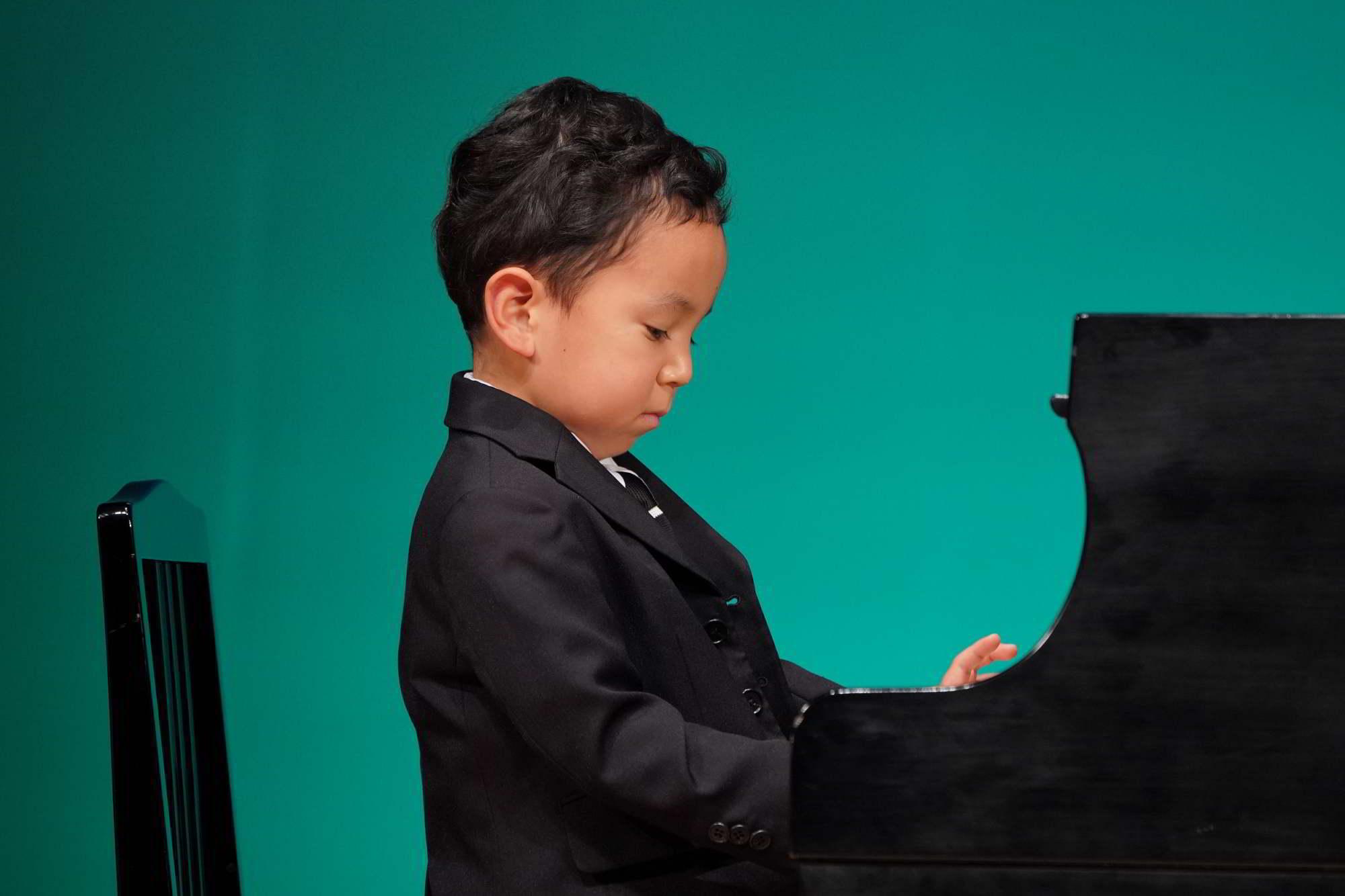 Fucciミュージックスクール発表会小学生のステージ